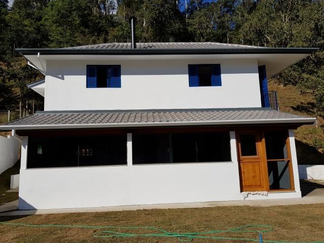 SOBRADO-ALUGUEL-SANTO ANTONIO DO PINHAL - SP