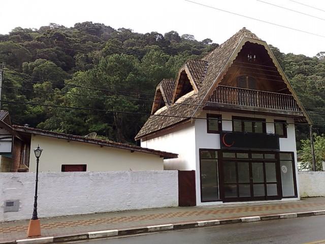 LOJA-CENTRO-SANTO ANTONIO DO PINHAL - SP