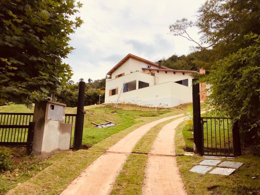 CASA-CONDOMÍNIO COUNTRY CLUB-SANTO ANTÔNIO DO PINHAL - SP
